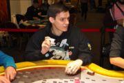 Украинец примет участие в битве стримеров крупного покер-рума