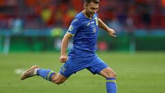 Мірча ЛУЧЕСКУ: «Караваєв — не захисник. У нападі він грає краще»