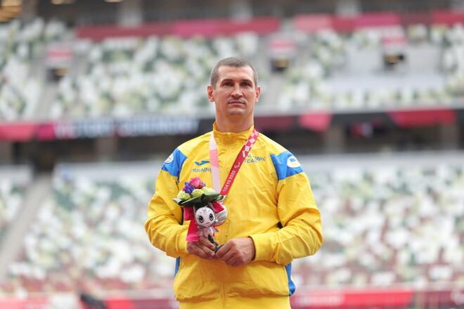 Украинец Жабняк завоевал серебро Паралимпиады в метании диска