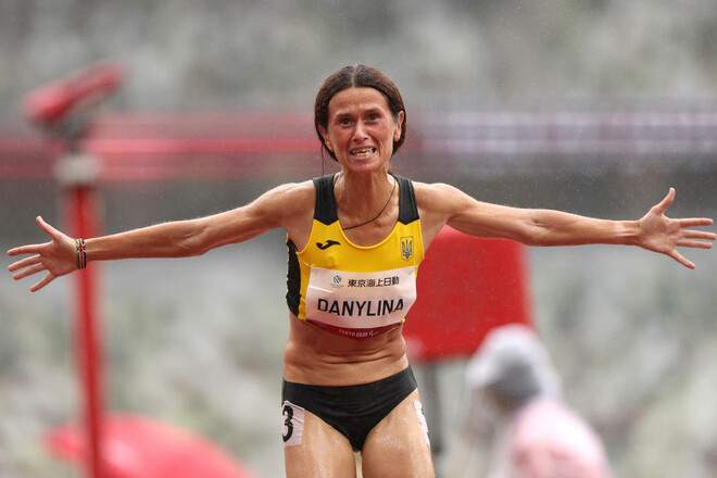 Людмила Данилина завоевала серебряную медаль в беге на 1500 метров