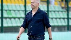 Львов рассматривал кандидатуры двух экс-тренеров Карпат