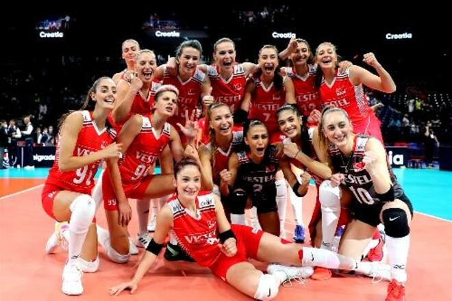 Турция стала бронзовым призером женского чемпионата Европы