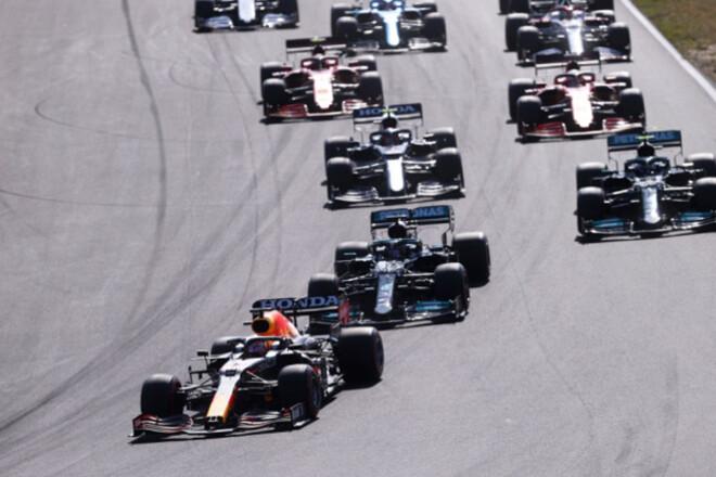 Общий зачет Формулы-1: Ферстаппен снова впереди Хэмилтона