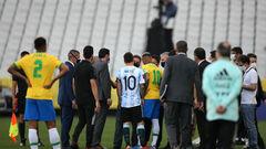 Это катастрофа! Месси прокомментировал остановку матча в Бразилии