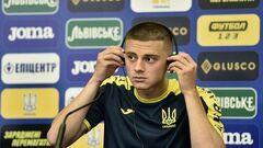 Стало известно, почему Миколенко покинул расположение сборной Украины