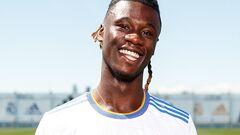 ФОТО. Реал офіційно представив Камавінга