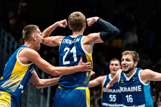 Украина нанесла сенсационное поражение Сербии и вышла в 1/4 финала ЧЕ-2021