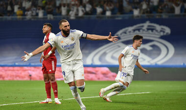 Хет-трик Бензема. Реал забил 5 голов в ворота Сельты и стал лидером
