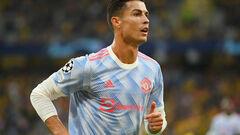 ВИДЕО. Роналду забил за Манчестер Юнайтед в Лиге чемпионов спустя 12 лет