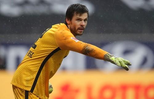 Вратарь Герты вошел в историю в матче с Баварией