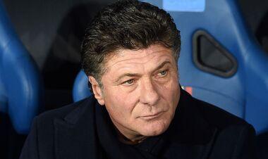 Работал с Интером и Наполи. Кальяри назначил нового главного тренера