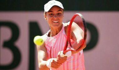 Калинина снялась с турнира в Портороже