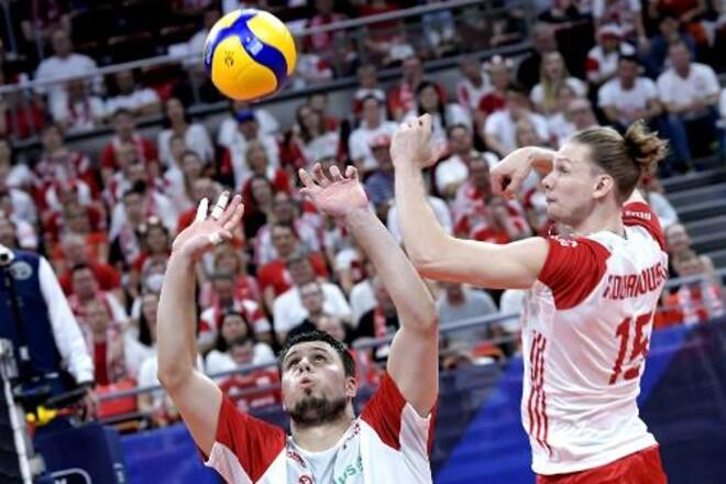 Польша и Сербия вышли в полуфинал мужского чемпионата Европы