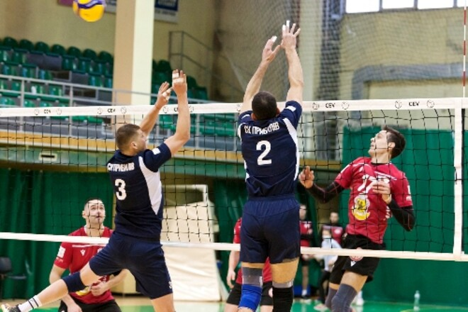 В украинской мужской Суперлиге стало еще на одну команду меньше