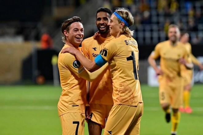 Зоря зазнала фіаско в єврокубку, Україна опустилася в рейтингу ФІФА
