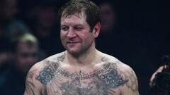 Александр Емельяненко – Артем Тарасов. Видео боя и нокдаунов