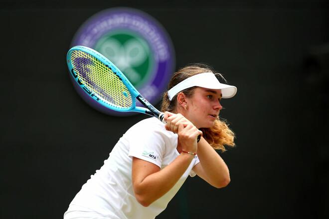 Снигур стартовала с победы на турнире в Португалии
