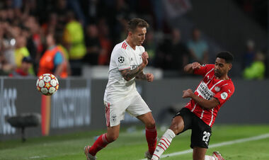 Манчестер Юнайтед стежить за фулбеком, якого не зміг купити Шахтар