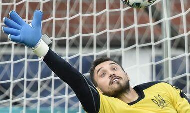Бущан довызван в сборную Украины на октябрьские матчи