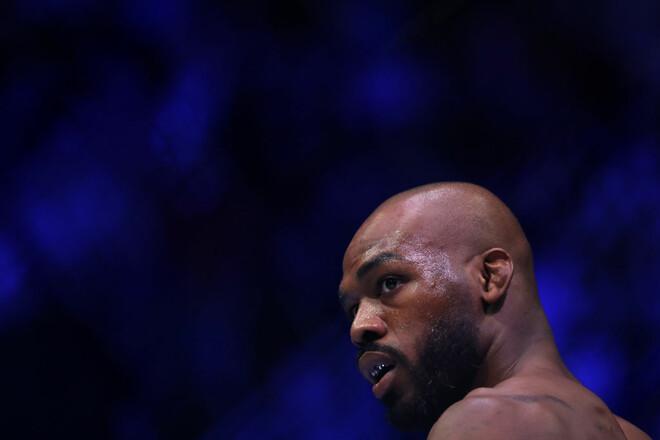 Его только ввели в Зал славы. Экс-чемпион UFC Джонс арестован в Лас-Вегасе