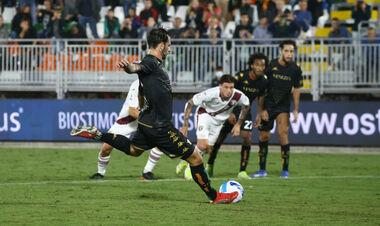 Венеція зуміла відігратися у складному матчі проти Торіно