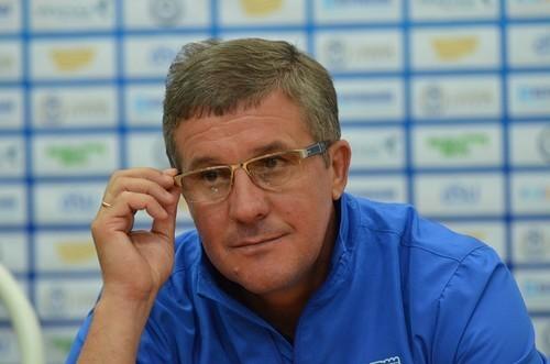 Никополь остался без главного тренера и распустил игроков по домам