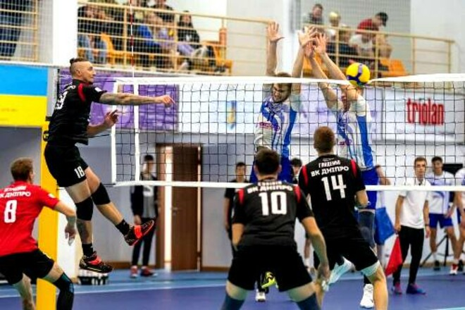 Барком и Подоляне начали чемпионат Украины уверенными победами