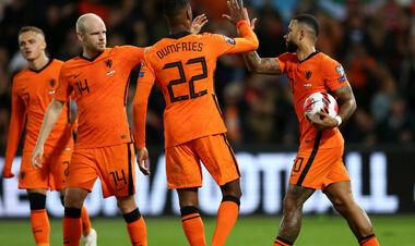 Група G. Нідерланди розбили Гібралтар, турки вирвали перемогу над Латвією