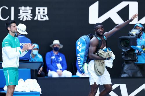 Australian Open. Джоковичу понадобилось 3,5 часа, чтобы переиграть Тиафо
