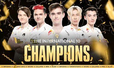 Два українські гравці стали чемпіонами The International 10