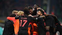 Милан обыграл Верону, проиграв первый тайм со счетом 0:2