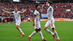 Четыре гола за 8 минут. Бавария в битве за лидерство унизила Байер