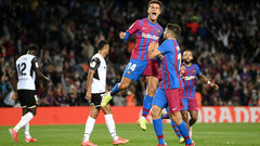 ВИДЕО. Барселона обыграла Валенсию и вышла на 7-е место Ла Лиги