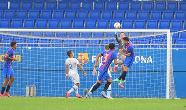 Барселона U-19 - Динамо U-19 - 0:0. Юные киевляне сдержали соперника. Обзор