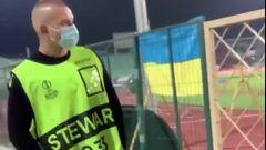 ВИДЕО. Фанаты ЦСКА атаковали болельщика Зари во время матча в Софии