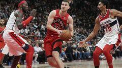 НБА. Михайлюк помог Торонто победить, Лэнь дебютировал в новом сезоне