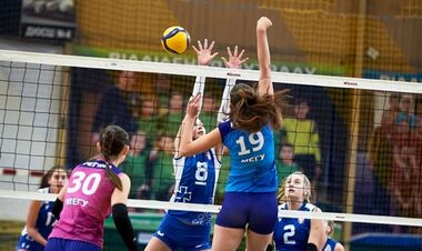Прометей одержал шестую победу подряд в женской Суперлиге