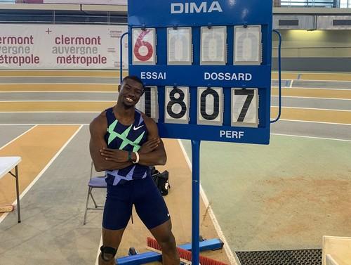 ВИДЕО. Улетел на 18 метров! Побит мировой рекорд в тройном прыжке!