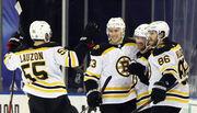 НХЛ. Бостон бьет Рейнджерс в овертайме, Торонто обыграл Монреаль