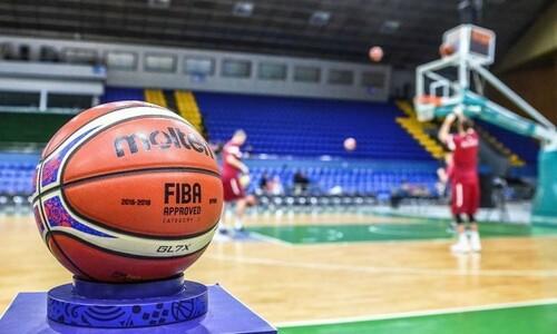 З 15 лютого на баскетбольні матчі можуть почати пускати глядачів