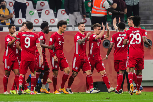 Бавария – второй клуб после Барселоны с шестью титулами за год