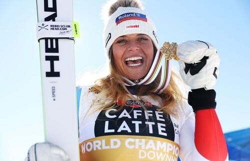 Горные лыжи. Сутер – чемпионка мира в скоростном спуске