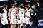 НБА. Лейкерс побеждают без Дэвиса, Бруклин сломил сопротивление Финикса