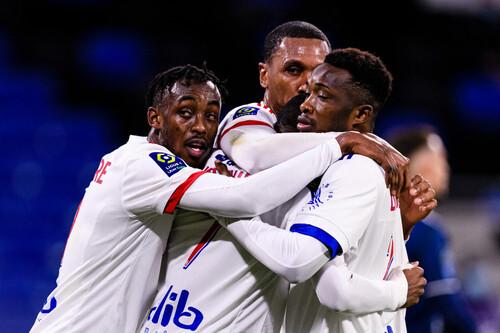 Новый лидер Лиги 1. Лион взял три очка на выезде в игре против Бреста