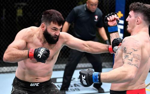 Экс-чемпион UFC: «Первый раз задушили. Идите на ХХХ, хейтеры»