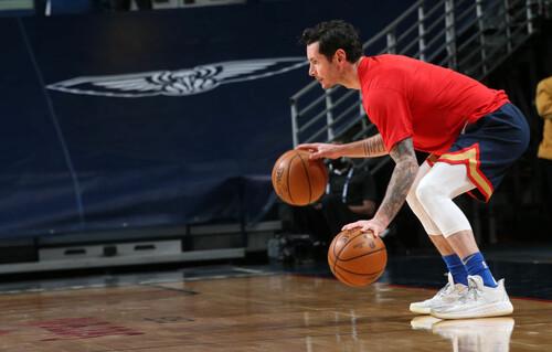 ВИДЕО. Судья удалил ветерана НБА за то, что он бросил в него мяч