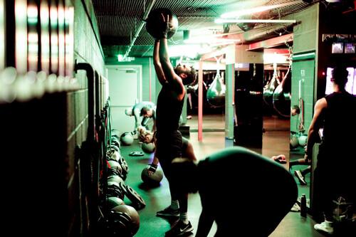 Прості та ефективні вправи для вашої постави