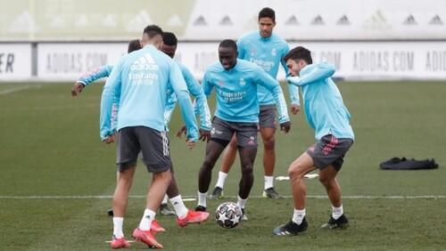 Только 11 игроков основы. Реал сыграет с Аталантой в ослабленном составе