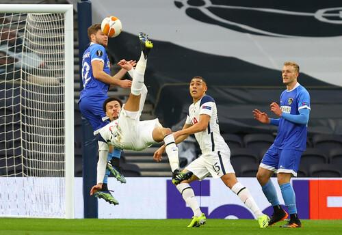ВІДЕО. У стрибку через себе! Деле Аллі забив красивий гол за Тоттенхем