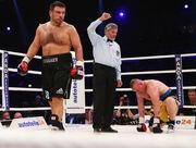 Бывший чемпион мира оценил шансы Усика в боях с Джошуа, Фьюри и Уайлдером